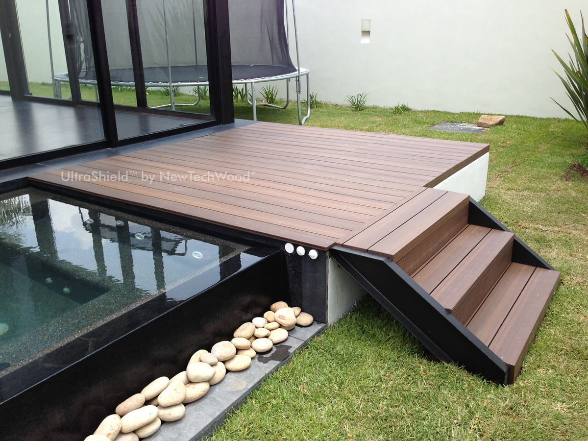 Eco Systems Distribution Eco Decking With Water Droplets
